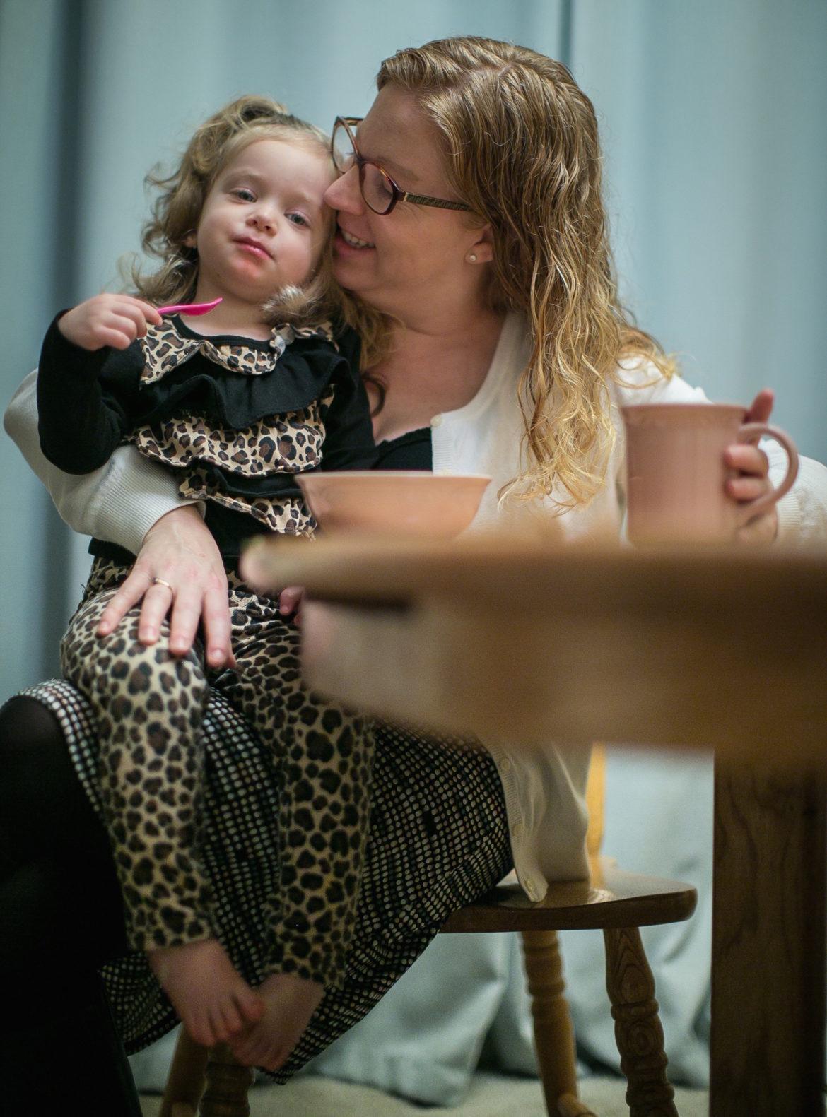 social worker churn undercuts washington u2019s foster care system